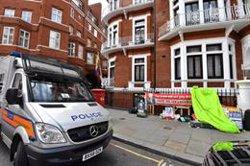 La Fiscalia sueca sol·licita formalment la detenció d'Assange (John Stillwell/PA Wire/dpa - Archivo)