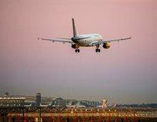 Les 'low-cost' transporten més de 13,4 milions de passatgers fins a l'abril, un 4,3% més (DAVID RAMOS - Archivo)