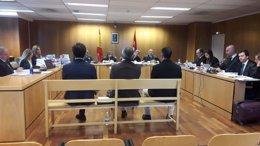 El Pequeño Nicolás se sienta en el banquillo de la Audiencia Provincial de Madri