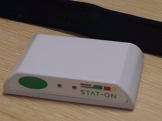Desarrollan un dispositivo que permite seguir el estado motor de personas con Parkinson