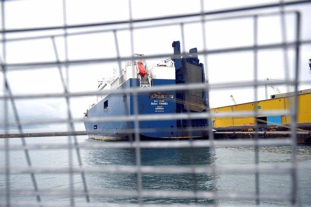 Yemen.- Sindicatos italianos se niegan a cargar un buque saudí en protesta por la guerra de Yemen
