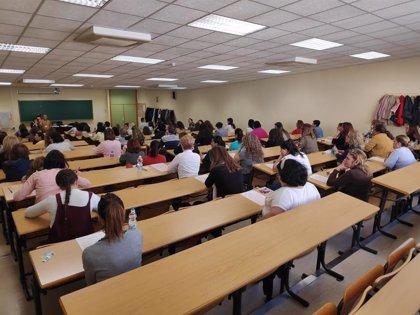 El Instituto Cervantes lanza una aplicación oficial para preparar el examen de nacionalidad española