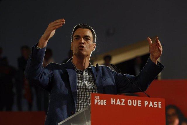 Pedro Sánchez participa en un acto de campaña en Baleares