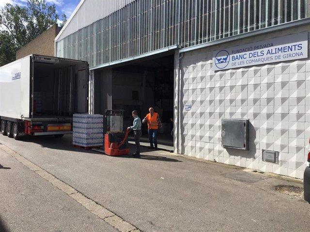 Mercadona dona 13.500 litros de leche al Banc dels Aliments de comarcas de Girona