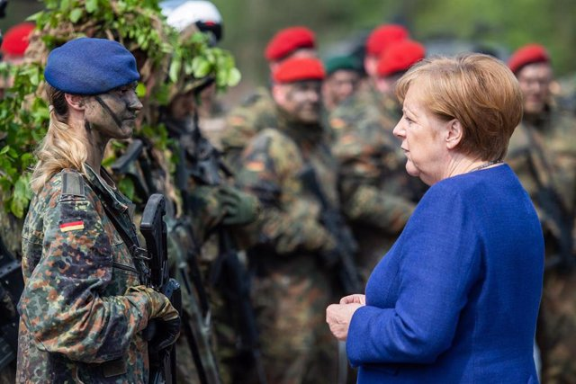 Angela Merkel visits NATO base in Germany