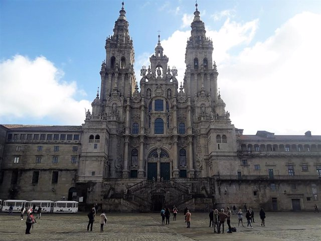 Los gallegos gastaron 260 euros de media durante la Semana Santa, un 25% más que en estas vacaciones de 2018
