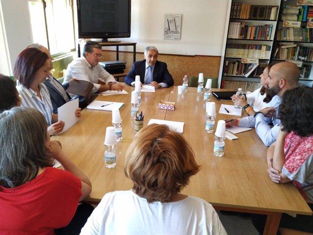 Granada.- Educación.- La Junta se reúne con la comunidad educativa de Almuñécar