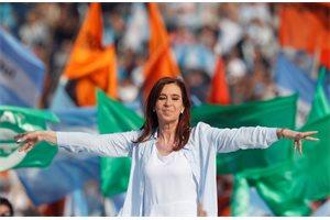 ¿Por qué Cristina Fernández de Kirchner ha cedido su puesto a la Presidencia?