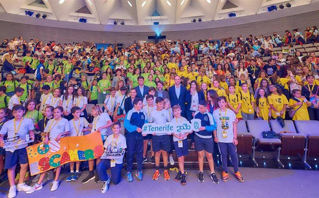CEIP Aguamansa e IES Marina Cebrián ganan el III Desafío Tenerife 2030 'Tenerife, una isla abierta al exterior'