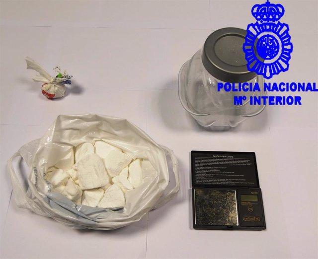 La Policía localiza más de 4.000 dosis de cocaína en una nave abandonada de Redondela (Pontevedra)