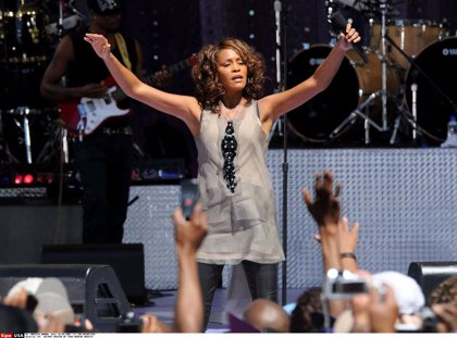 Whitney Houston: Nuevo álbum inédito, musical en Broadway y gira de su holograma