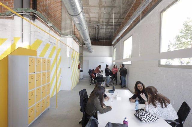El nou coworking de la Clota entri en funcionament amb 20 treballadors i 11 projectes