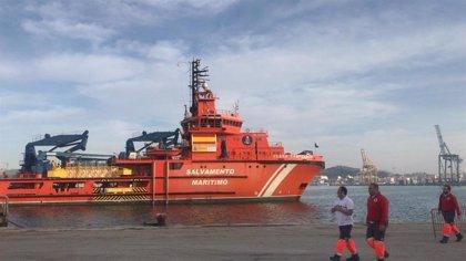 Interceptan una patera con 7 personas a bordo, entre ellas un bebé de 8 meses en Cabo de Palos