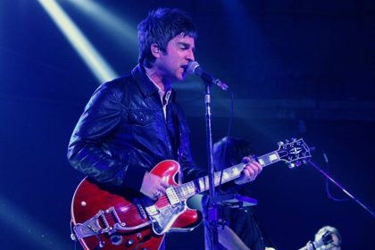 Noel Gallagher telonea a U2 y el hijo de Bono telonea a Noel Gallagher