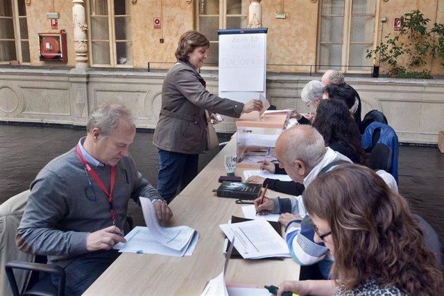 Un total de 27.105 empleados públicos de la Administración, llamados a participar en las elecciones sindicales