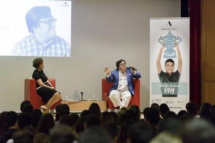 Pablo Pineda defiende la necesidad de derribar etiquetas como la de minusválido o discapacitado