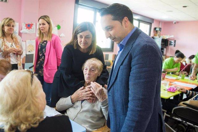26M.- Buruaga (PP) Unificará, Si Gobierna, Sanidad Y Servicios Sociales En Una Sola Consejería