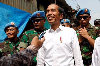 """Widodo se declara """"protector del 100% de los indonesios"""" tras revalidar el cargo"""