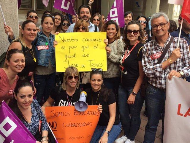 """Más de cien de trabajadoras de Educación Infantil secundan en Murcia la huelga por """"un convenio justo"""""""