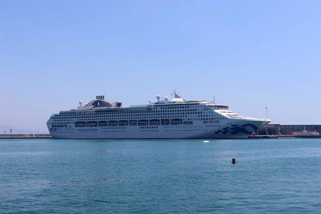 Málaga.- Turismo.- Puerto.-Puerto recibe por primera vez el buque 'Sun Princess', que realiza una travesía por el mundo