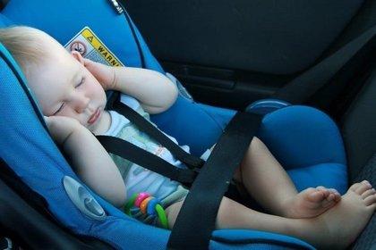 Casi una de cada diez sillitas infantiles suspende en seguridad, según un análisis del RACE