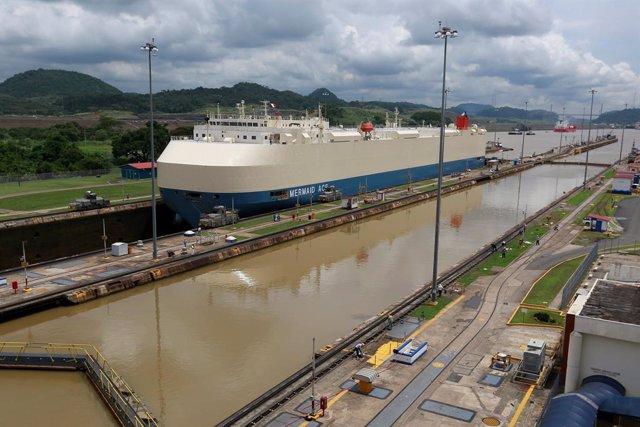 Llega a Panamá la temporada de lluvias, pero la sequía continúa dañando al Canal