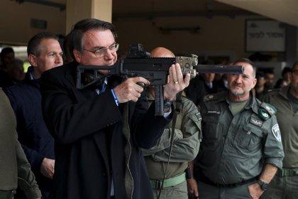 Brasil estudia modificar el decreto que facilita la importación de armas y munición