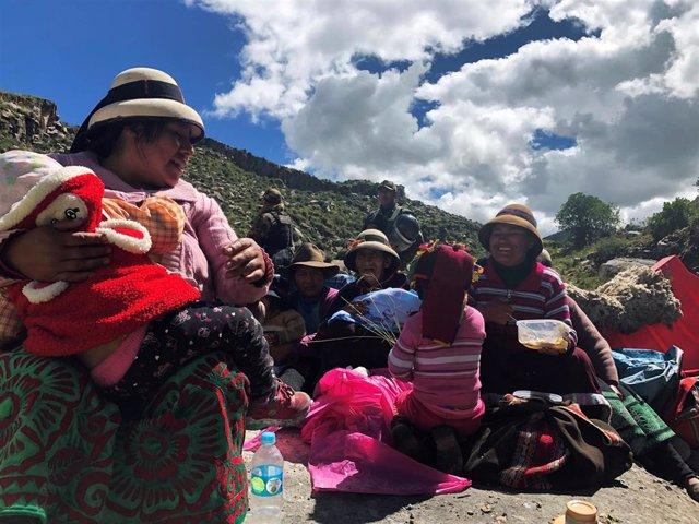 Perú.-Los indígenas acuerdan levantar hasta el jueves el bloqueo al yacimiento de cobre de Las Bambas, en el sur de Perú