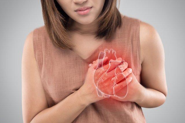 Las mujeres tienen menos probabilidades de ser reanimadas y sobrevivir a un paro cardiaco que los hombres