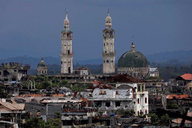 Filipinas.- Más de 100.000 desplazados por el conflicto de Marawi (Filipinas) no tienen casa a la que volver