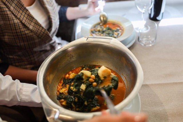 El potaje de vigilia y la torrija, los platos más típicos de Semana Santa