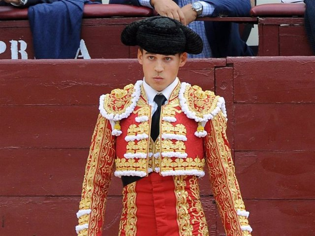 Gonzalo Caballero sufre una grave cornada