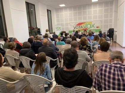 Vox organiza en Ses Salines una tertulia con candidatos para hablar de turismo, inmigración y políticas europeas