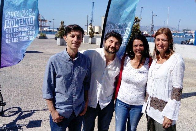 """Málaga.- 26M.- Málaga Ahora muestra su rechazo al proyecto del hotel del puerto: """"Destruiría nuestra bahía"""""""
