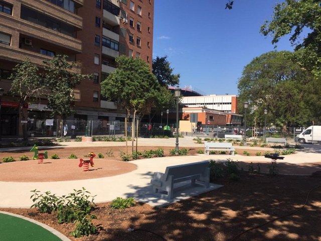Remodelación del jardín ubicado en la confluencia de la avenida blasco ibañez con la calle bélgica