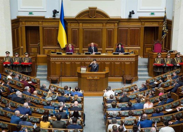Ucrania.- El Kremlin descarta contactos inminentes entre Putin y el nuevo presidente ucraniano
