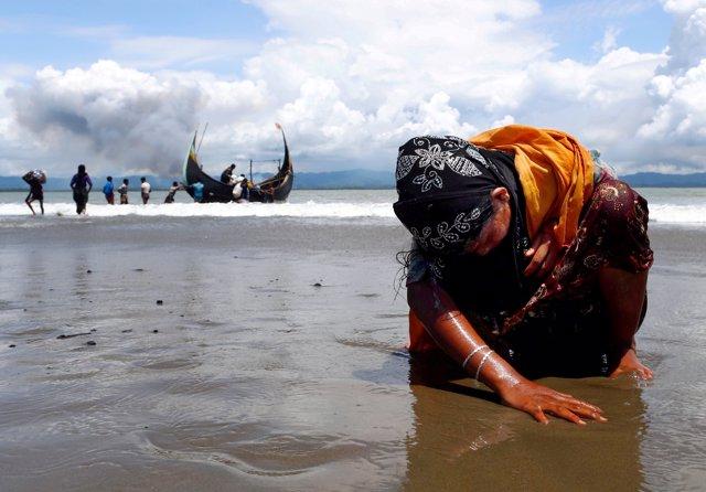 Bangladesh.- La ONU estudia la viabilidad de reubicar a miles de refugiados rohingya en una isla remota de Bangladesh