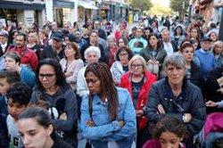 Més de 200 veïns es concentren a Viladecans en record de Janet Jumillas (ACN)