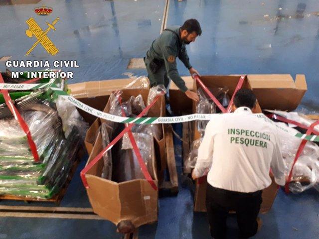 Jaén.- Sucesos.- Intervenida una tonelada de pescado no apto para consumo en el polígono Guadiel, de Guarromán