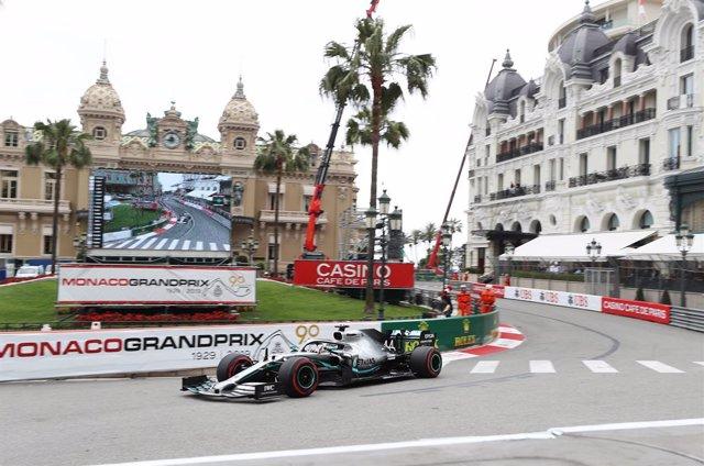 Fórmula 1/GP Mónaco.- Hamilton empieza fuerte en Mónaco y Sainz apenas puede rod