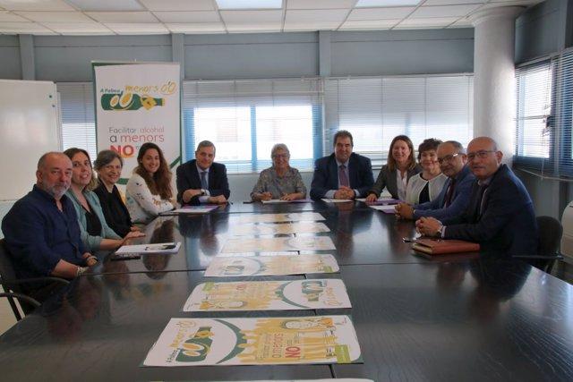 Cort signa un conveni amb diferents cadenes de supermercats per evitar la venda d'alcohol a menors a Palma