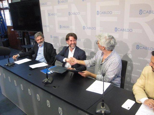 Cabildo de Tenerife y Google firman un acuerdo para potenciar la conectividad en telecomunicaciones con África y Europa