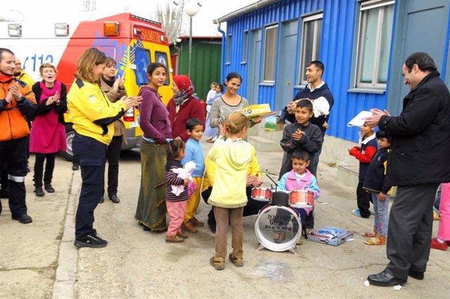 Ayuntamiento y ACCEM atienden a minorías étnicas del este de Europa en una docena de pisos y en dos centros municipales