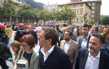 """Rivera a l'esquerra abertzale: """"Si no ens heu silenciat amb trets, no ho fareu amb sirenes"""" (H.Bilbao - Europa Press)"""