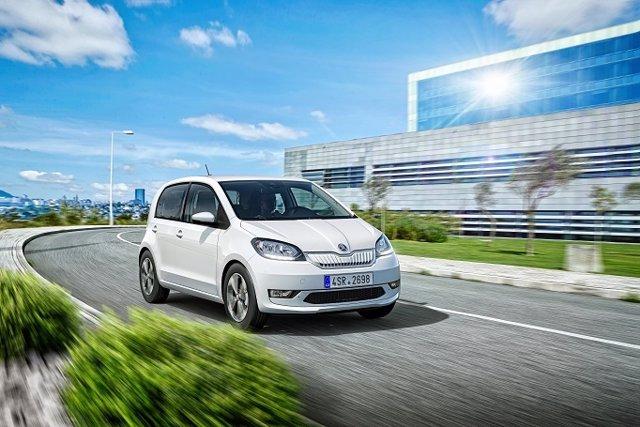 Economía/Motor.- El primer Skoda eléctrico, el Citigoe iV, llegará al mercado a principios de 2020