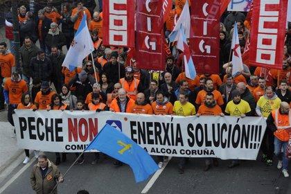 Alcoa traslada a los trabajadores que habrá ofertas vinculantes por las plantas el 31 de mayo