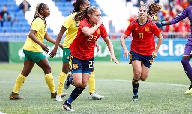 Fútbol/Selección.- Crónica del España - Camerún, 4-0