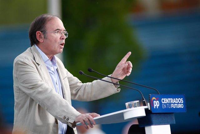 Acto público de los candidatos del PP a las Alcaldías de Torrejón de Ardoz, Alcalá de Henares y Arganda del Rey, en Torrejón de Ardoz en Madrid