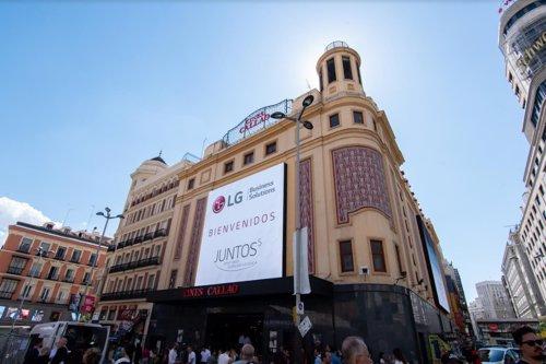 Los Cines Callao de Madrid estrenan las pantallas exteriores LED de mayor resolución de Europa, con el sello de LG