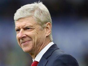 """Wenger confirma que tornarà """"aviat"""" al futbol, encara que no sap quin serà el seu paper (PREMIER LEAGUE - Archivo)"""